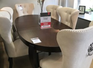 Calligaris Regency Table With Set Of 6 Lion Chairs