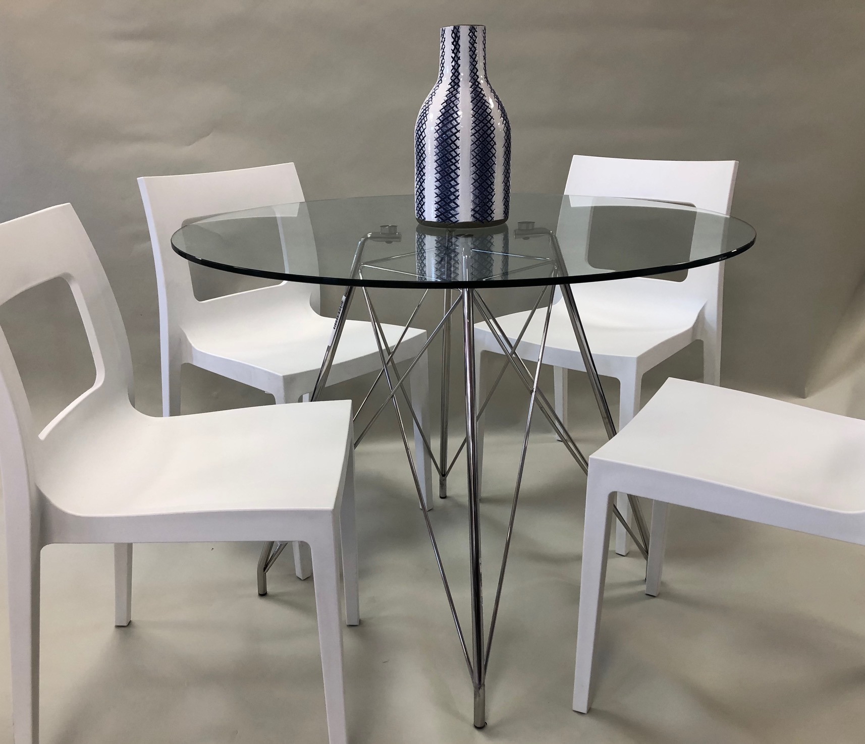 Ex-Rental Dining Room Sets For Sale In Surrey